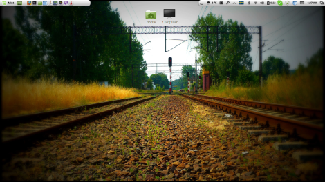 A clean desktop [just for the photoshoot]